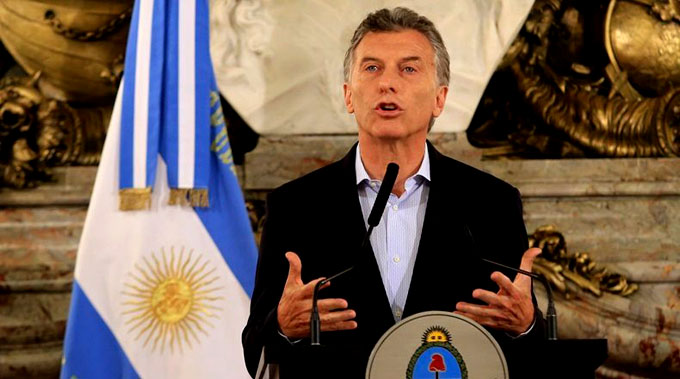 Macri reduce ministerios y Gabinete, vuelven las retenciones (+ video)