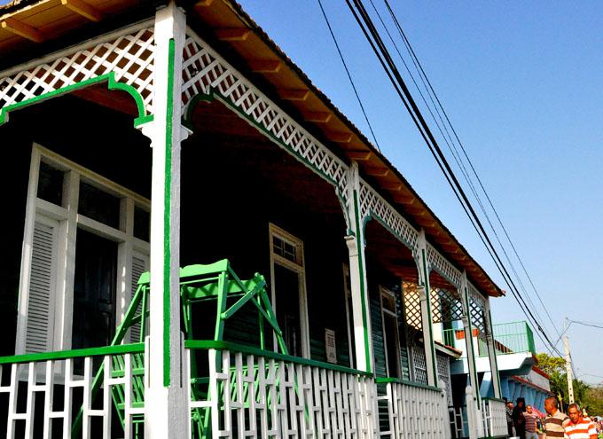 Entregarán a museo Casa natal de Celia importante distinción