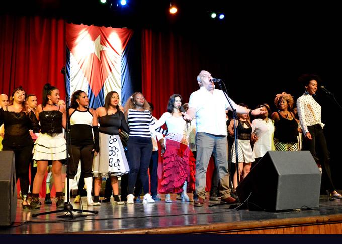 Cierra Ópera de la Calle Fiesta de la Cubanía (+ fotos)