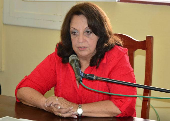 Presentan multimedia del periódico Patria