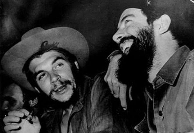 Che y Camilo, vivos, como los queremos