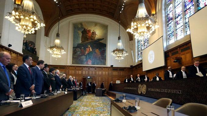 Corte de La Haya rechaza obligación de Chile ante reclamo de Bolivia (+ videos)