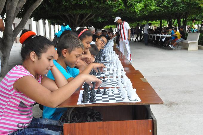 Realizan en Manzanillo simultánea de Ajedrez en homenaje a Carlos Manuel de Céspedes