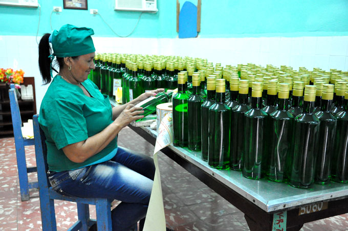 Celebrarán hoy acto por el Día del Trabajador Azucarero en Granma