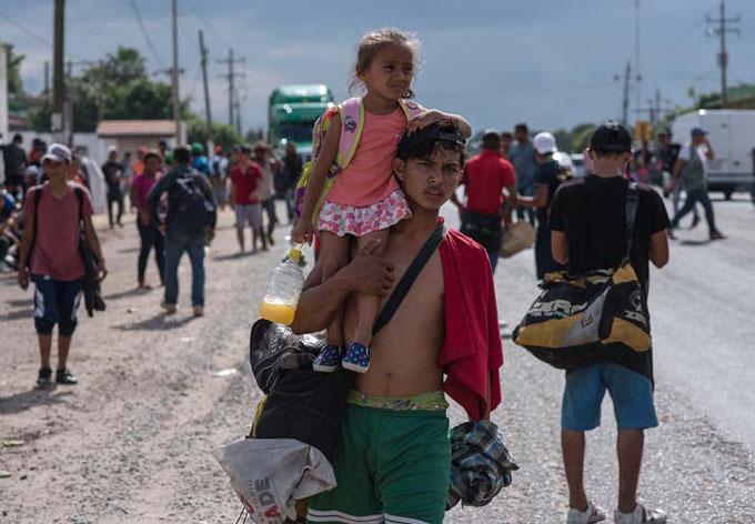 Caravanas de migrantes coinciden en Ciudad de México