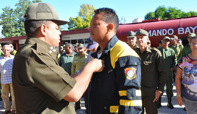 Celebran creación del primer Cuerpo de Bomberos de Cuba (+ fotos)