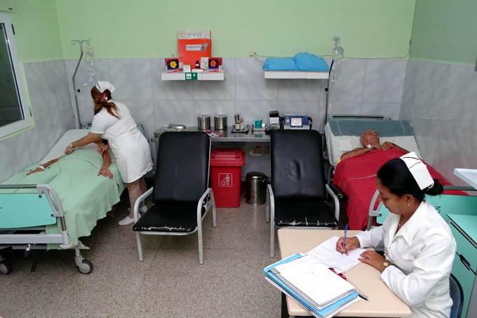Prioriza Cuba formación y desarrollo del personal de enfermería