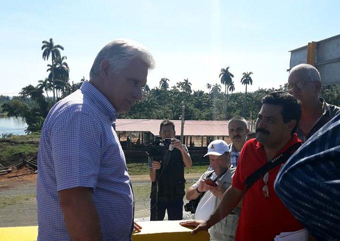 Díaz-Canel preside visita gubernamental a Guantánamo (+ fotos)