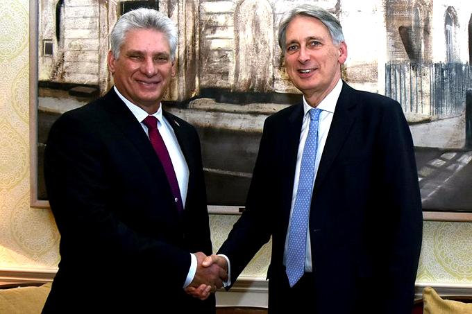 Presidente cubano se reúne en Londres con empresarios británicos (+ fotos)