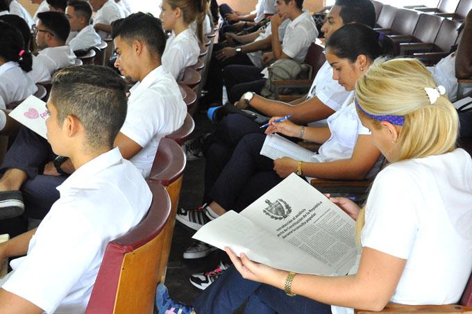 Suman casi 660 mil las propuestas sobre nueva Constitución cubana