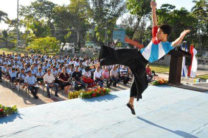 Realizan en preuniversitario de Bayamo acto nacional por el Día del Estudiante (+ fotos)