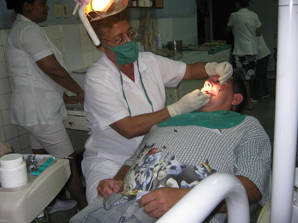 Prevén mejoras en servicios estomatológicos de Manzanillo