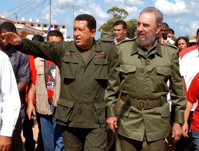 Fidel y Chávez pusieron luces en el corazón de América (+ video)