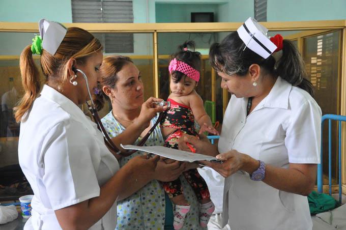 Enfermería cubana es referente para el mundo, opina experta internacional