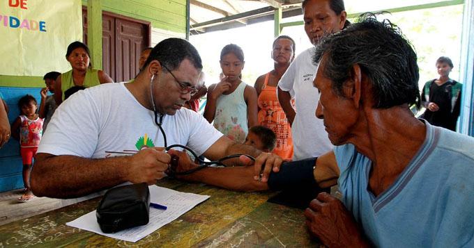 Socialistas responsabilizan a Bolsonaro de tragedia médica en Brasil (+ videos)