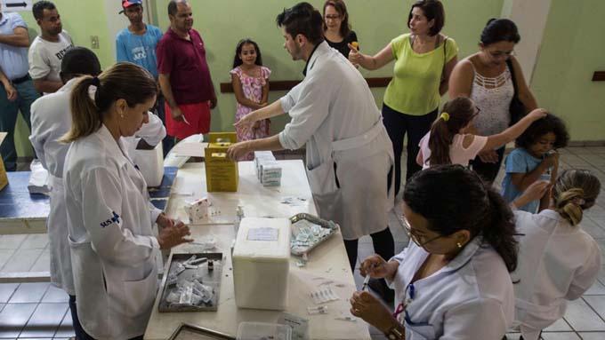 Médicos cubanos lamentan salida de Brasil por impacto en más pobres (+ fotos y video)