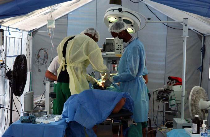 Brigada Médica cubana en Argelia apoya decisión de Salud Pública (+ fotos y videos)