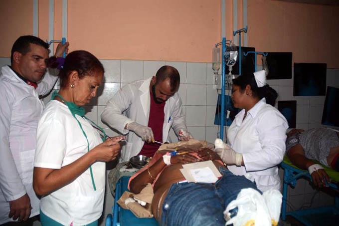 Sancti Spíritus: Un fallecido y 34 lesionados en accidente de tránsito