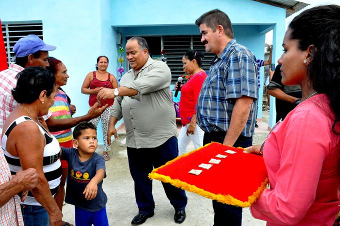 Entregan viviendas en Media Luna a familias afectadas por eventos meteorológicos