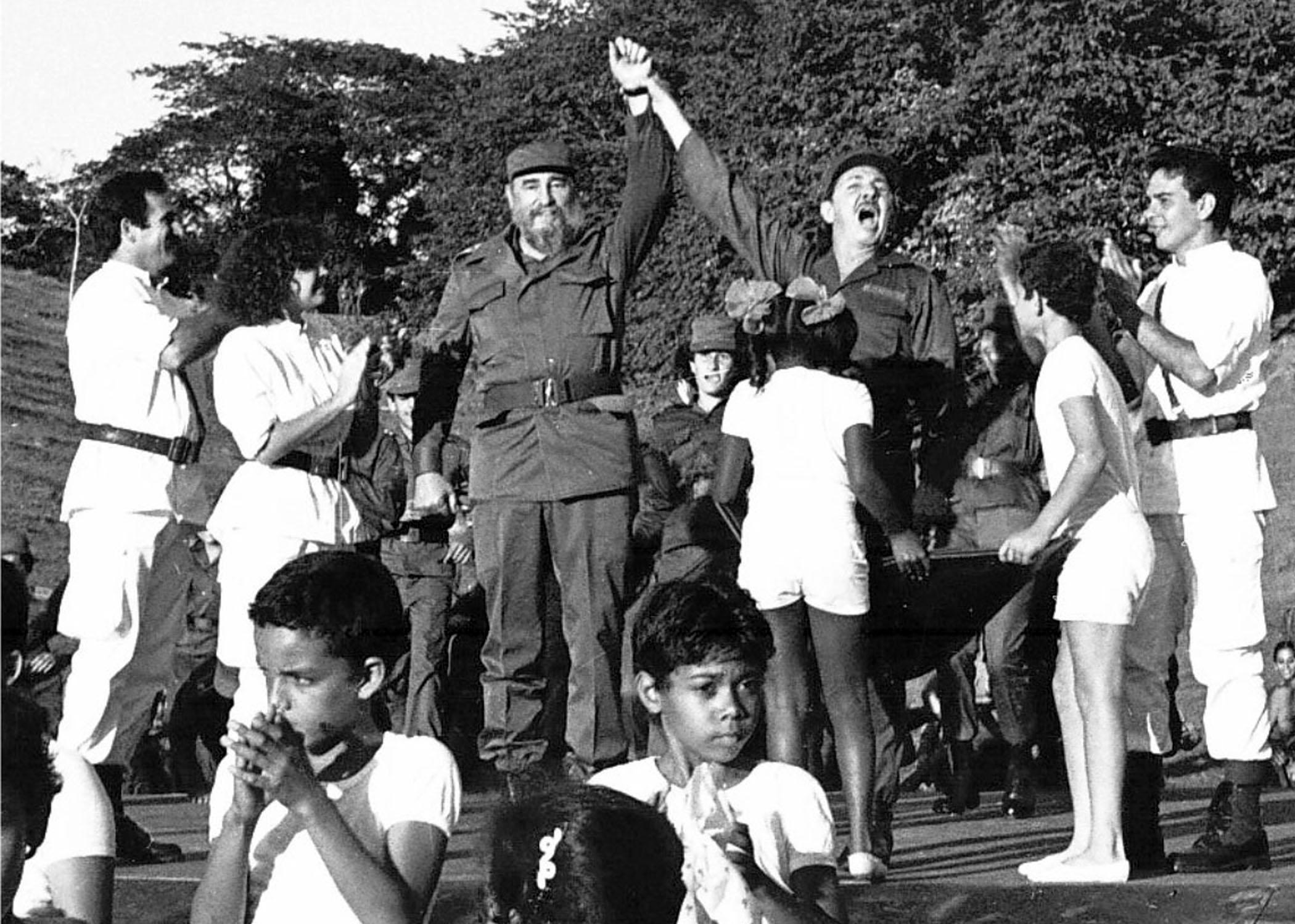Niños de Granma rememorarán reencuentro de Fidel y Raúl en Cinco Palmas