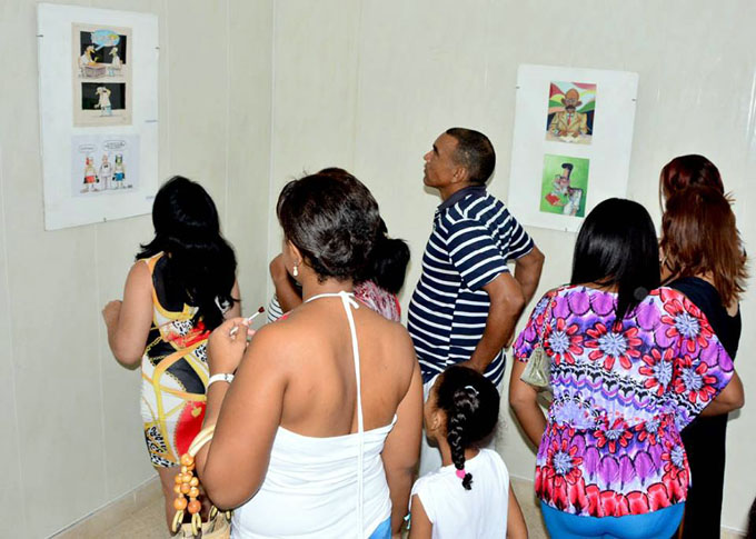 Inauguran en Bayamo exposición de caricaturas (+ fotos)
