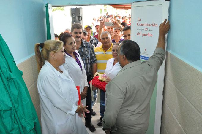 Reabierta sala de terapia intensiva en Niquero (+ fotos y audios)