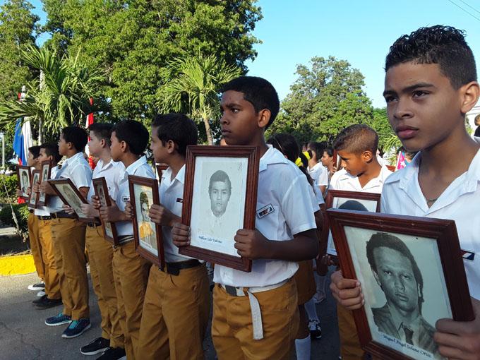 Tributo a los mártires internacionalistas