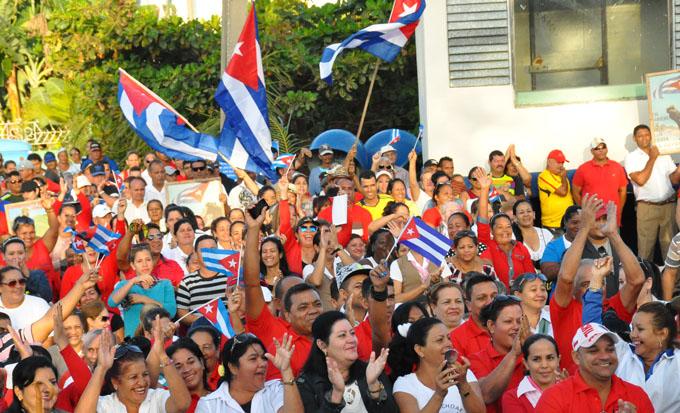 Celebran cautocristenses el aniversario 60 del Triunfo de la Revolución