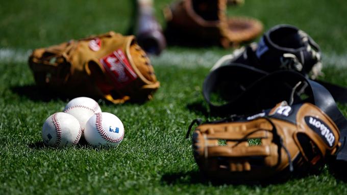 Federación Cubana de Béisbol explicará a jugadores acuerdo con MLB