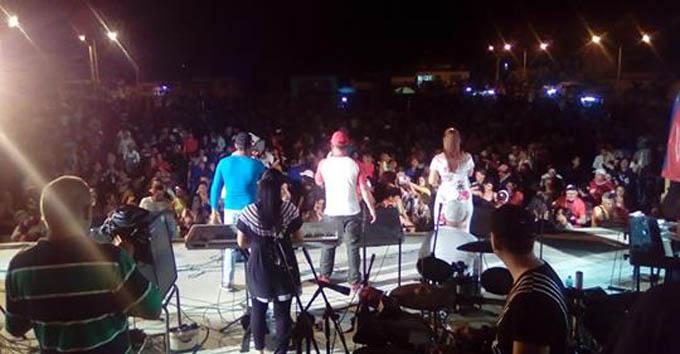 """Pueblo de Niquero """"abraza"""" a la Original de Manzanillo (+ videos)"""