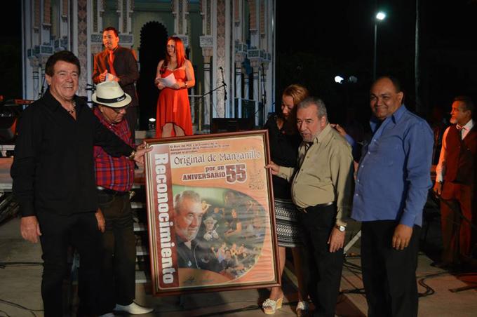 Artistas granmenses agasajan a la Original de Manzanillo