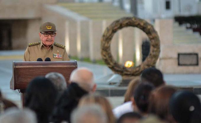 Expresa Raúl seguridad del respaldo popular a la nueva Constitución, el 24 de febrero