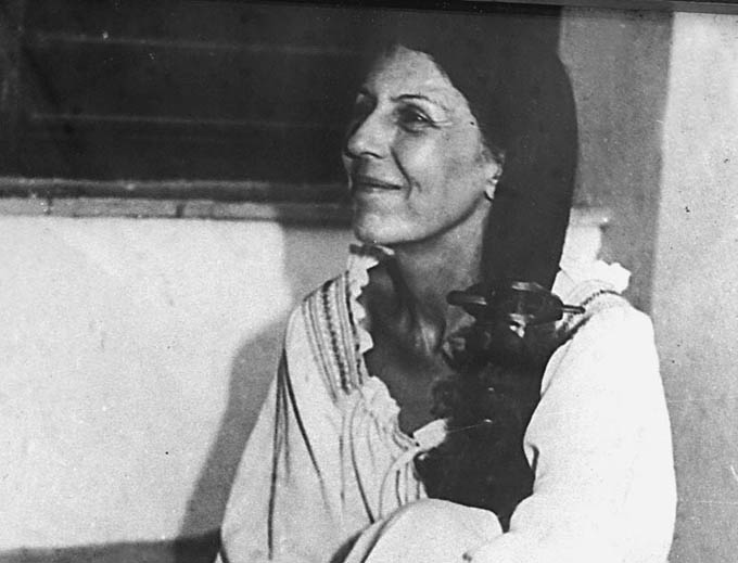 Presidencia de Cuba rinde homenaje a revolucionaria Celia Sánchez