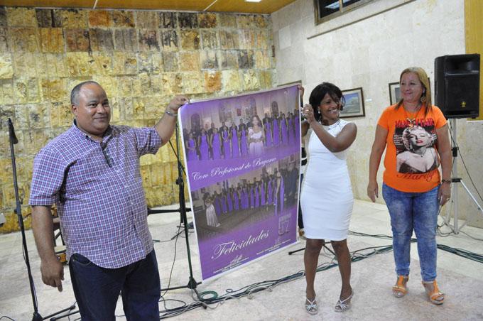 Máximas autoridades de Granma rinden homenaje a destacada institución coral (+ fotos)