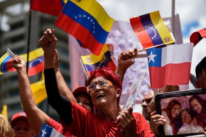 Presidente de Cuba resalta importancia de defender a Venezuela