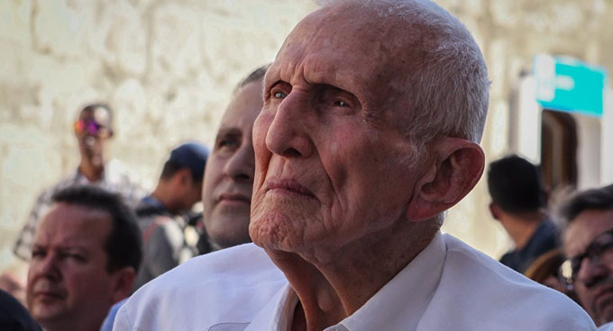 Presidente cubano rinde tributo a revolucionario José Ramón Fernández
