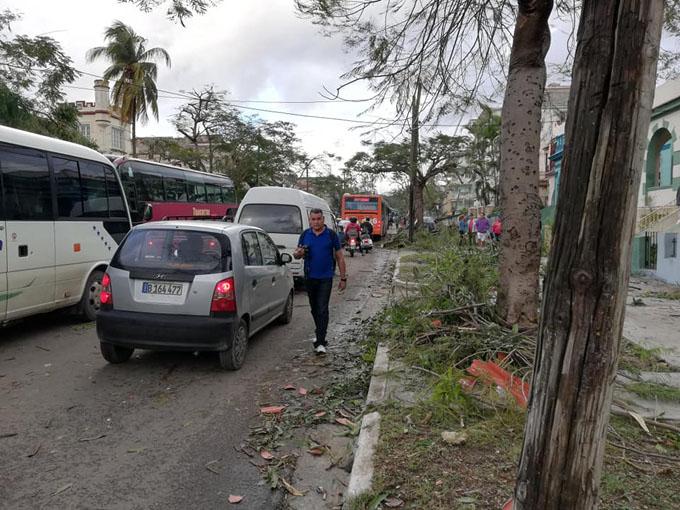 Cubanos consternados por tornado, pero en función de recuperarse (+ fotos y videos)