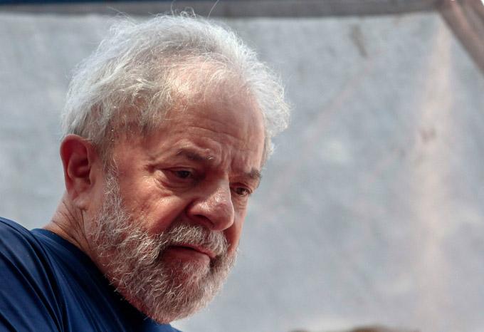 Redoblan campaña para Lula Nobel de la Paz