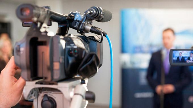 Latinoamérica requiere de un periodismo libre de agendas de mercado (+ video)