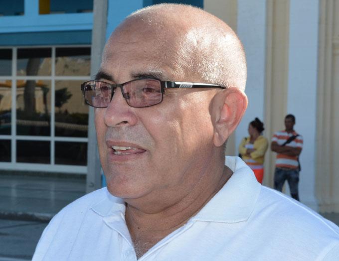 Recorre municipios costeros coordinador nacional de los CDR
