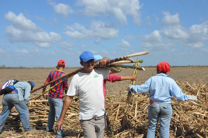 Comenzará el 2 de marzo jornada de la prensa cubana en Granma