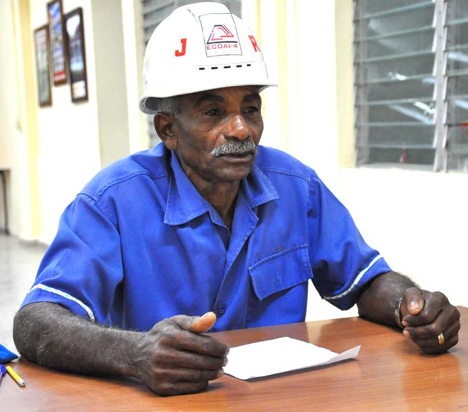 Votaré por el bienestar de mi pueblo, dice JR (+ audio)