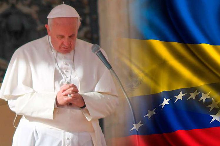 Venezuela invita al papa Francisco a fortalecimiento de diálogo