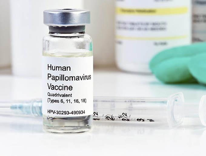 Costa Rica capacita a personal de salud sobre vacuna contra VPH