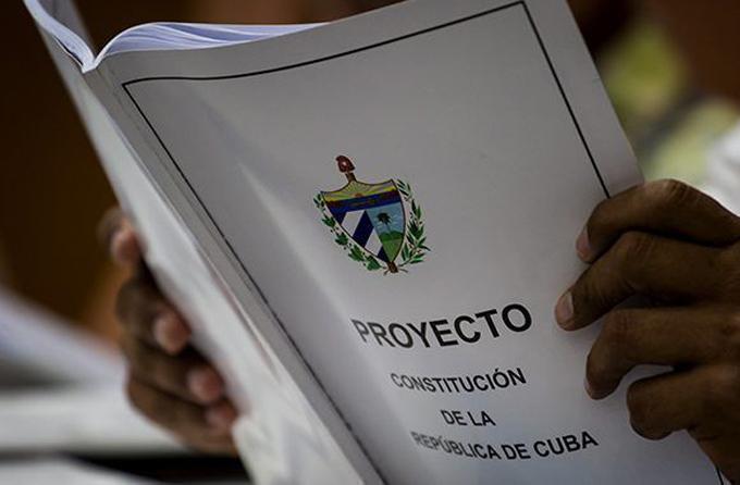 Díaz-Canel: nueva Constitución defiende soberanía y dignidad de Cuba