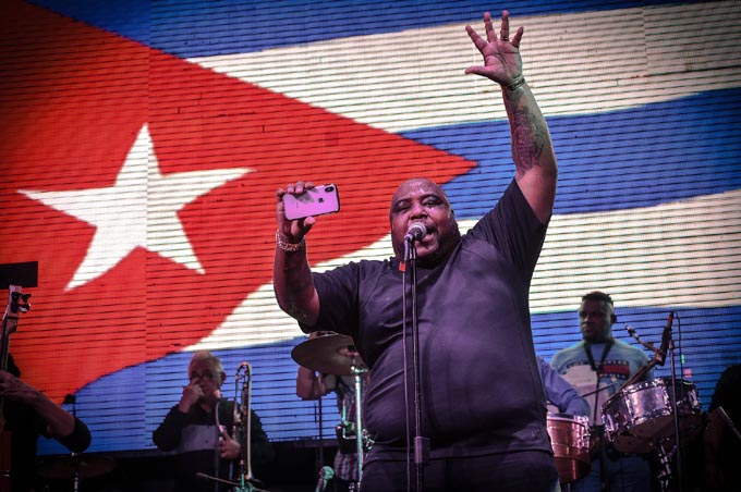 Havana d' Primera de concierto hoy en Bayamo (+fotos y vídeo)