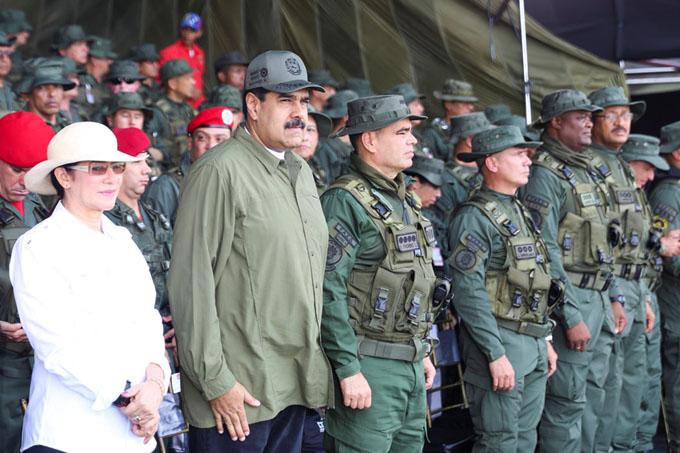 Maduro califica de exitosos ejercicios militares en Venezuela (+ video)