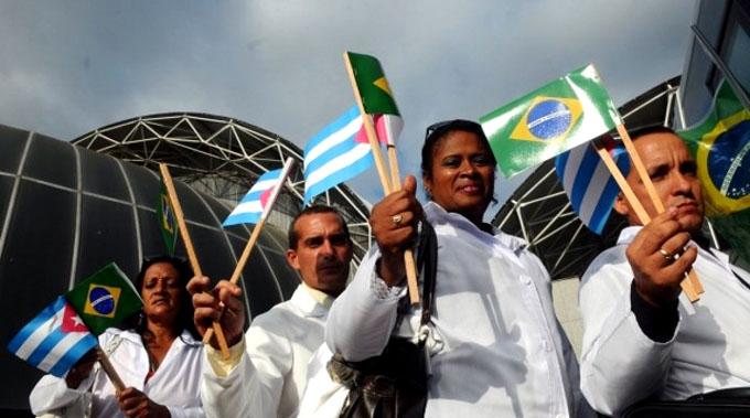 Los médicos cubanos que permanecen en Brasil pueden regresar a la Patria si así lo desean (+video)