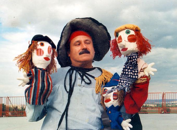 Fallece destacado actor titiritero Armando Morales
