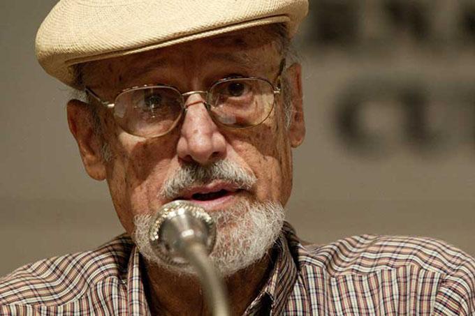 Texto sobre poeta y ensayista cubano destaca en Feria del Libro